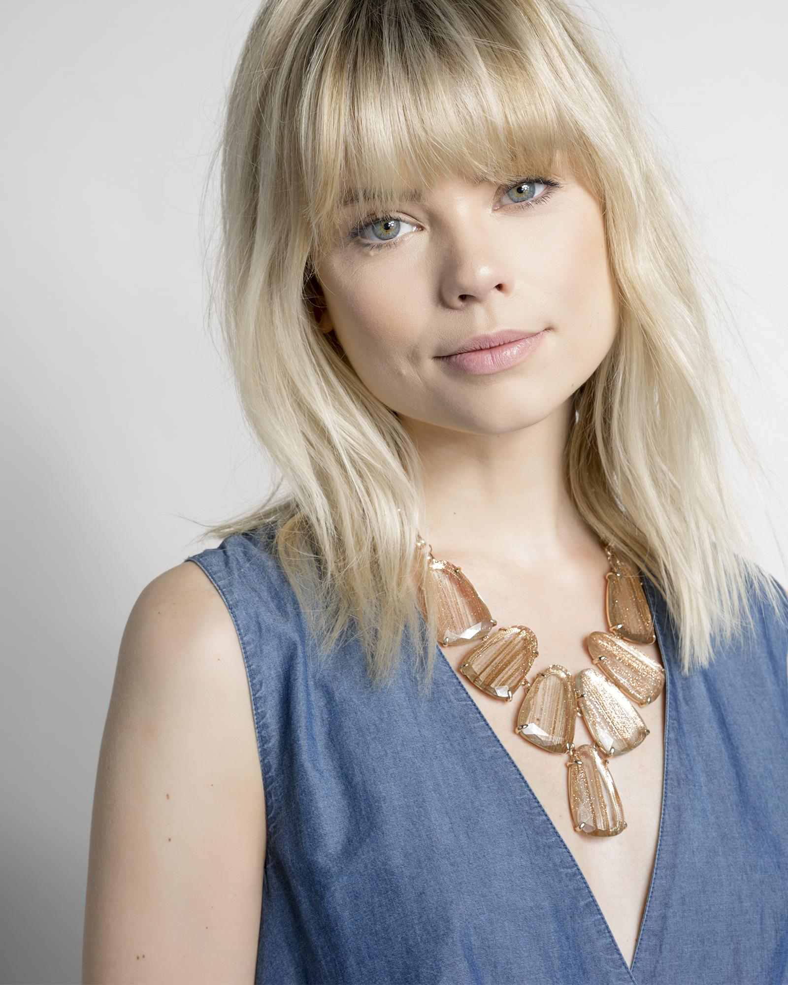 Harlow Statement Necklace in Gold Dusted Glass