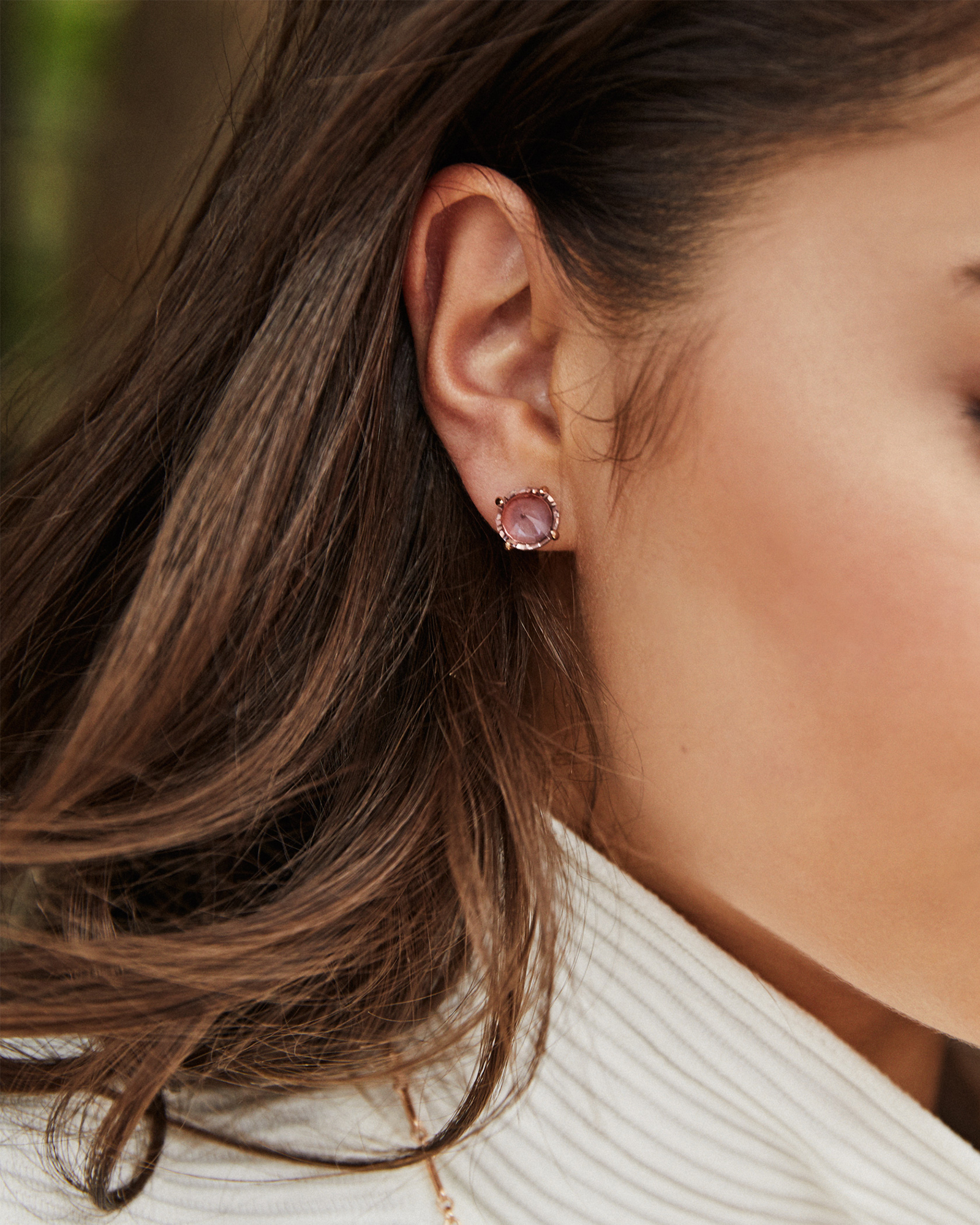 Jolie Gold Stud Earrings in Gray Illusion