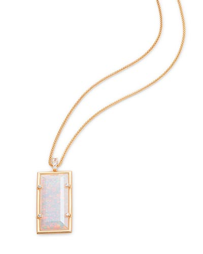 Edith Long Pendant Necklace in Gold