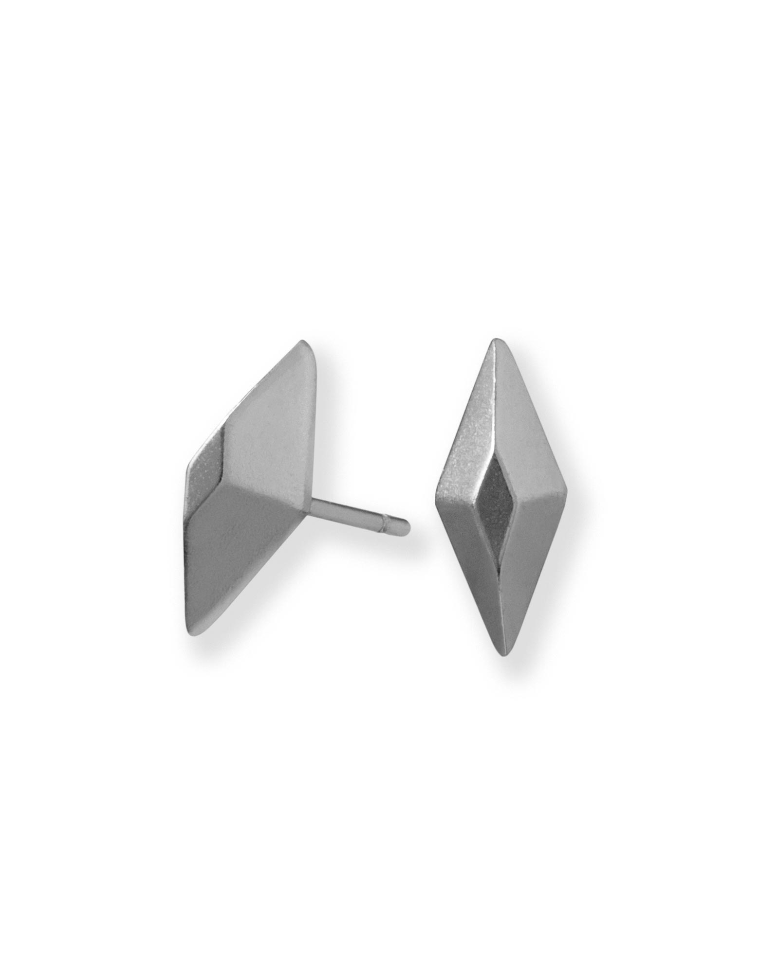 Ezra Stud Earrings in Hematite