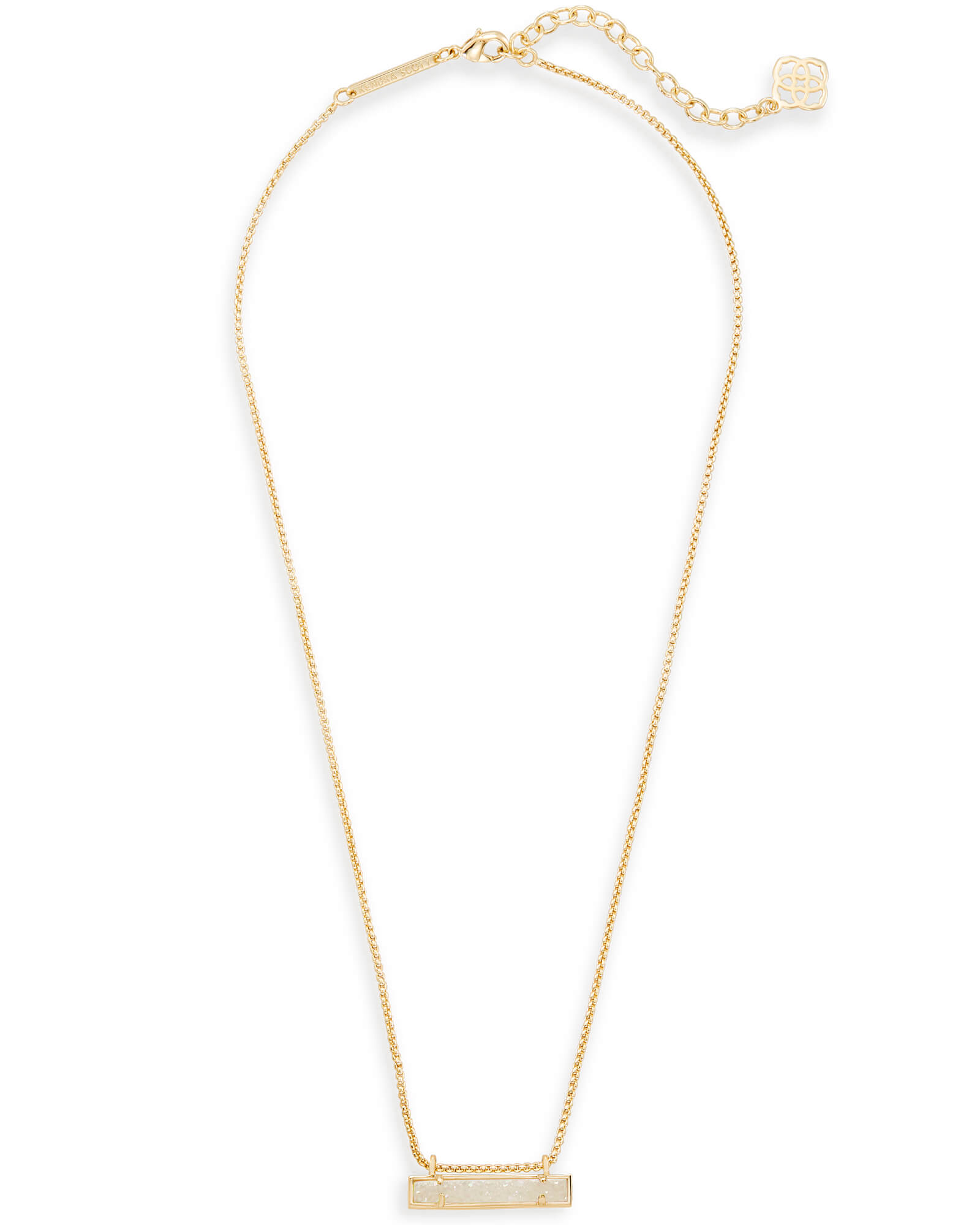 Leanor Pendant Necklace in Gold