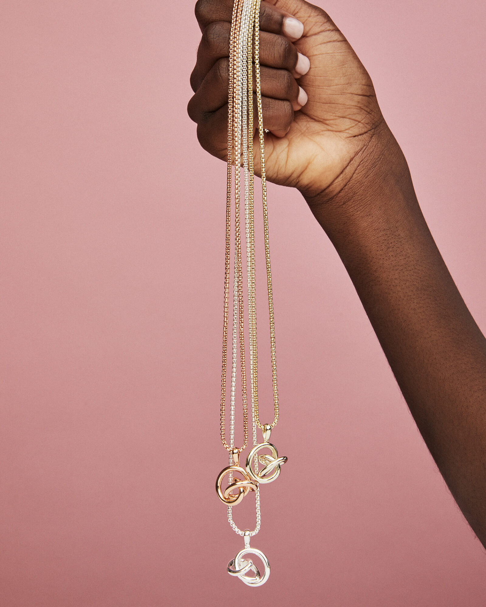 Presleigh Pendant Necklace in Gold