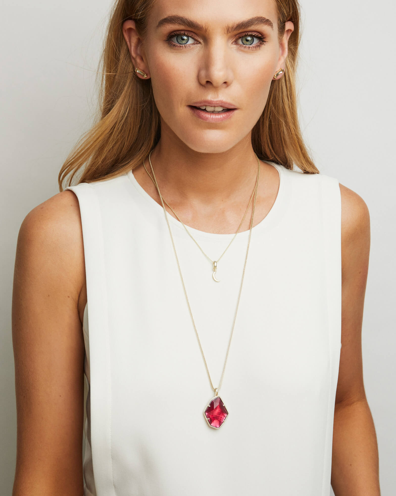 Kalani Gold Pendant Necklace in Berry Illusion