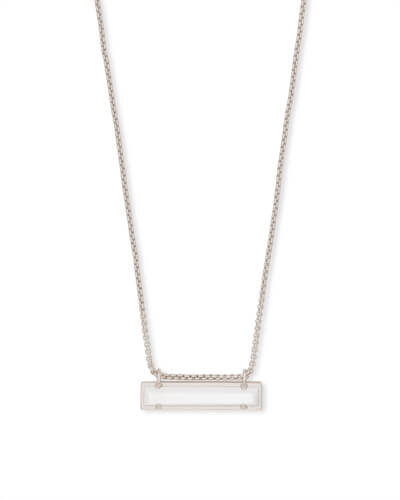 Leanor Silver Pendant Necklace in Ivory Pearl