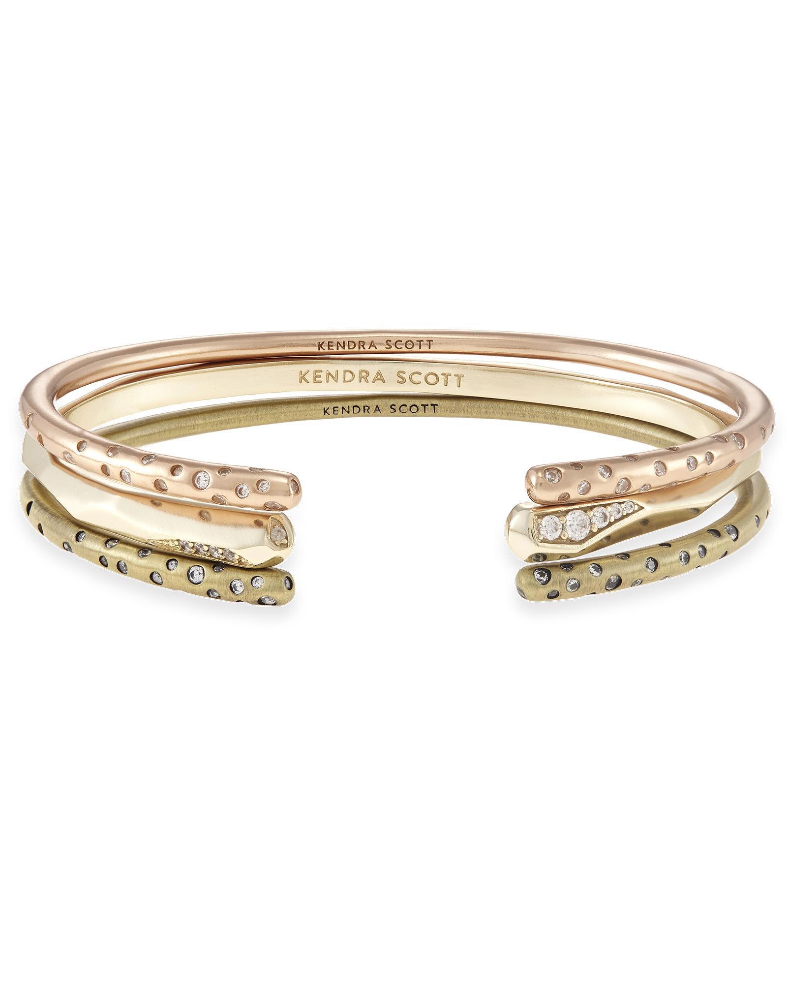 Zorte Pinch Bracelet Set In Gold Mixed Metals