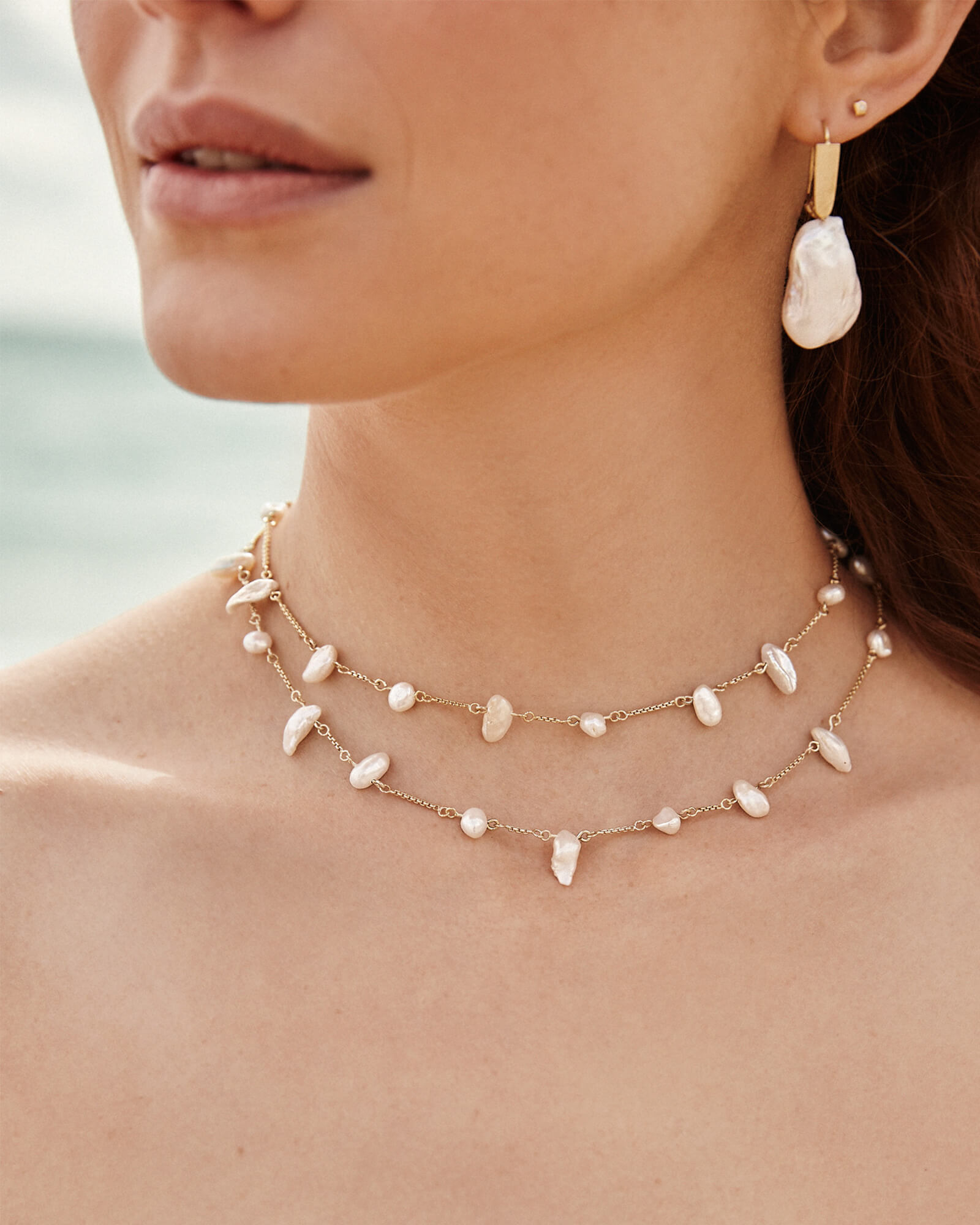 Krissa Gold Choker Necklace in Pearl