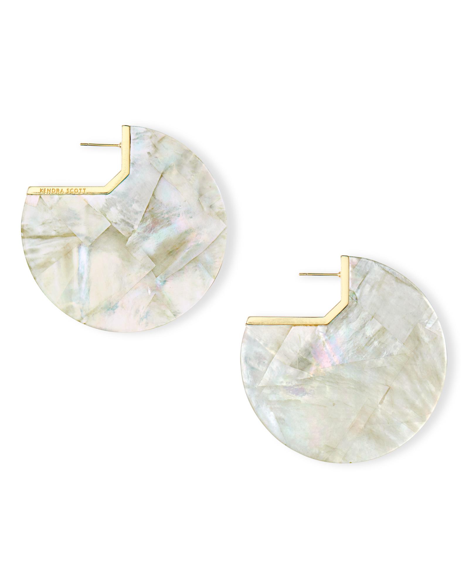41bd8319db20b Kai Gold Hoop Earrings in Ivory Pearl | Kendra Scott
