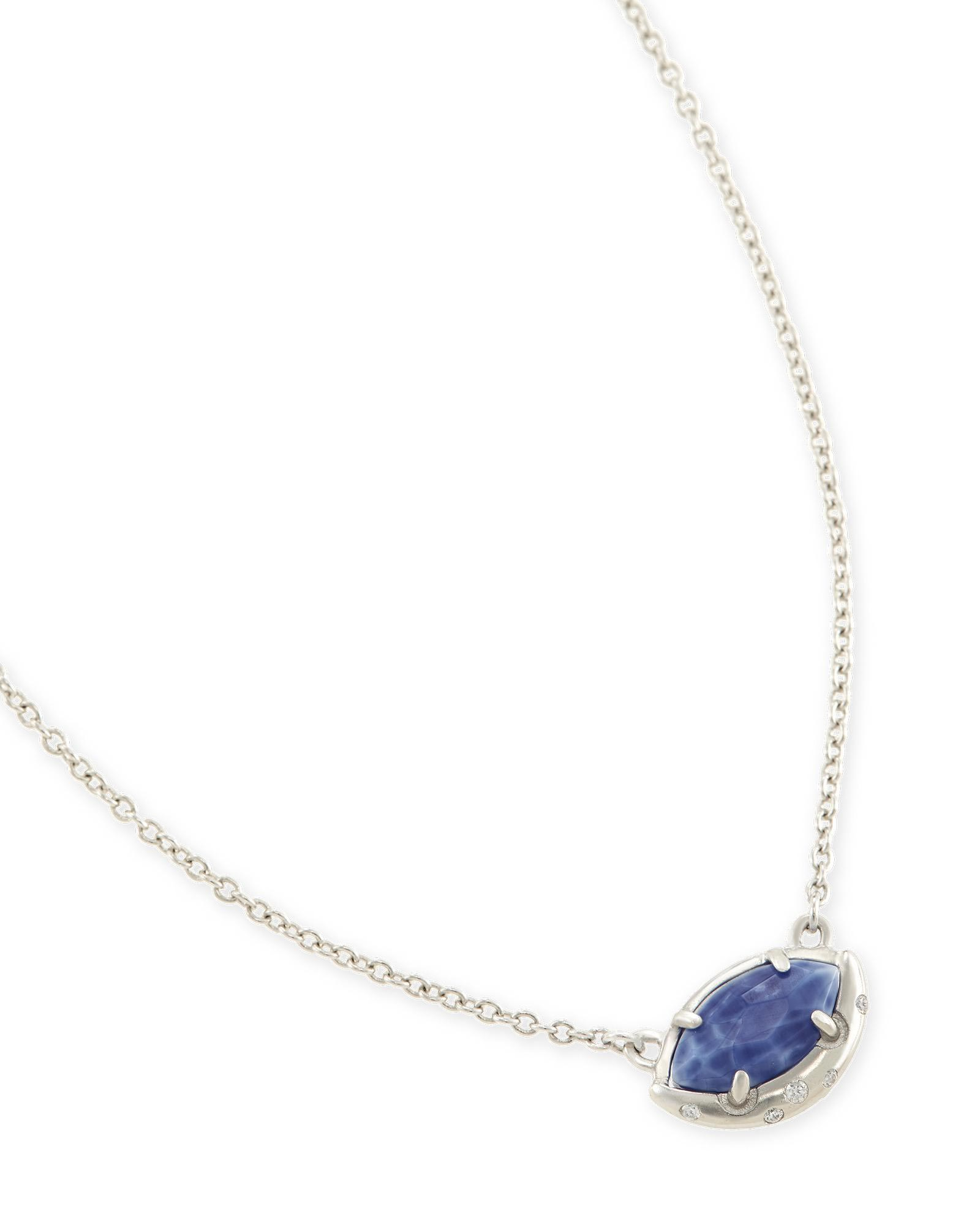Mikka Pendant Necklace in Crackle Blue Agate